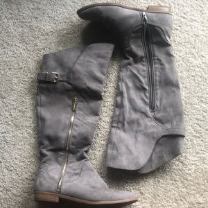 Dark Gray/Taupe Express Boots - Size 8